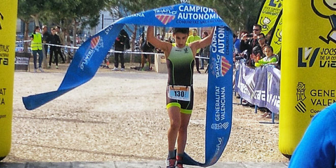 Alt rendiment dels xicotets triatletes ontinyentins al Duatló Autonòmic de Sant Vicent del Raspeig