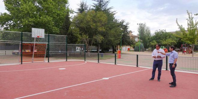 Finalitzen les obres de les zones esportives del parc del Llombo i el Passeig de Benarrai