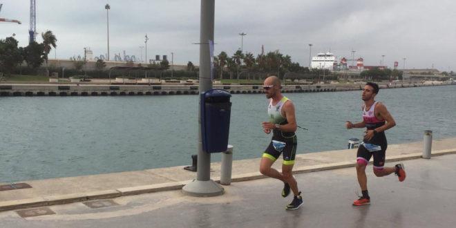 Gran representació ontinyentina al 'mediterranea triatlón de València'