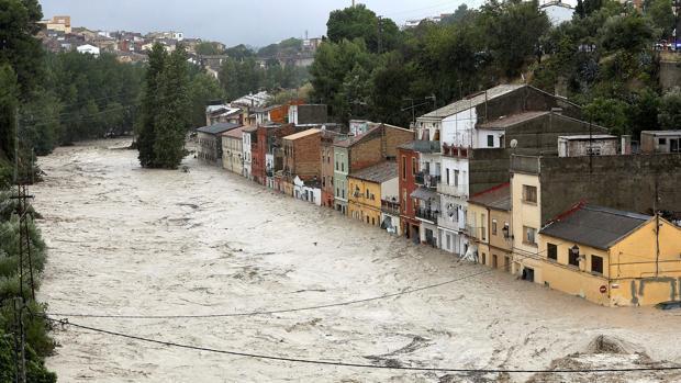 Desbordament del riu Clariano al pas per la Cantereria d'Ontinyent