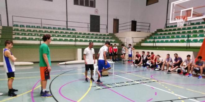 El Martínez Valls Bàsquet es forma en la prevenció de lesions