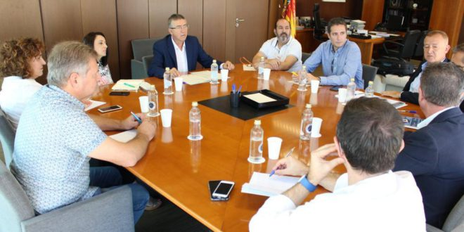 La PRT es reuneix amb Rafael Climent per a merjorar l'FP en el territori