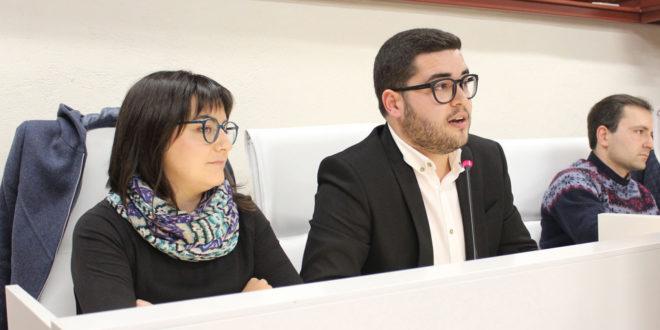 """Compromís per Ontinyent se sent enganyat perquè el """"nou bus del govern municipal és l'antic però repintat"""""""