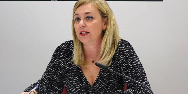 Dos nous tallers per a que les dones adquirisquen competències digitals