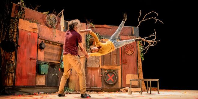 """Teatre gestual i circ acrobàtic per a totes les edats amb l'espectacle """"Distants"""""""