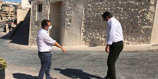 Finalitzen les obres de millora d'accés a la Plaça de La Vila