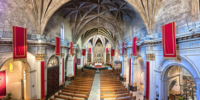 11.000 Quadríptics per difondre els atractius turístics de Santa Maria i el Campanar de la Vila d'Ontinyent