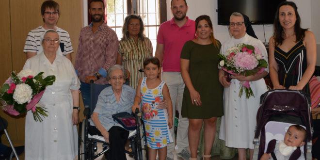 Bocairent agraeix la tasca de les germanes salesianes en el seu comiat