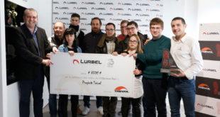 Lurbel agraïx al Trèvol l'elaboració  dels trofeus de la II Clariano Trail