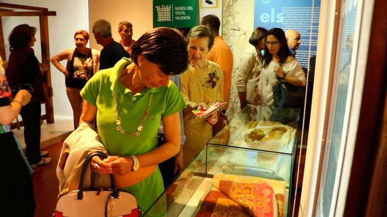 """Unes 200 persones gaudeixen a Ontinyent del """"Dia dels Museus"""""""