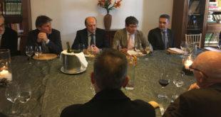 """El director regional de """"El Corte Inglés"""" es reunix amb COEVAL"""