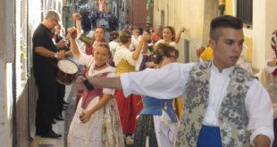 Quatretonda es prepara per a acollir la 40a festa de les danses de la Vall d'Albaida