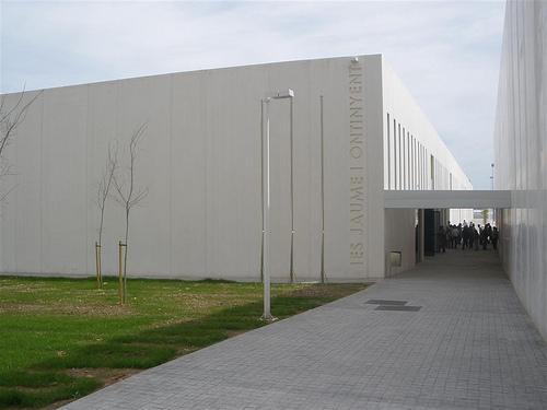 L'IES Jaume I d'Ontinyent impartirà el cicle Formatiu de Grau Mitjà de Fabricació i Ennobliment de Productes Tèxtils