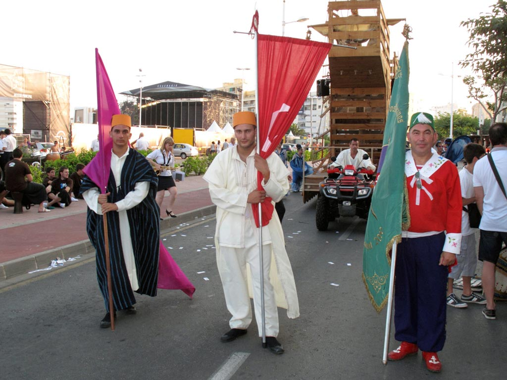 Mostra-moros-i-cristians-a-Gandía-2012