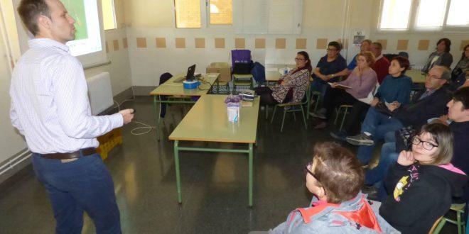 40 persones aprenen sobre la disfàgia amb un taller gratuït