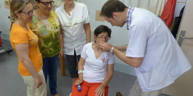 La regidoria de Sanitat organitza un taller pràctic d'atenció a la disfàgia