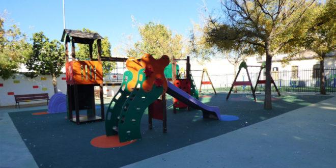 Nous jocs els parcs infantils de Pere IV i del Xalet de les Boles