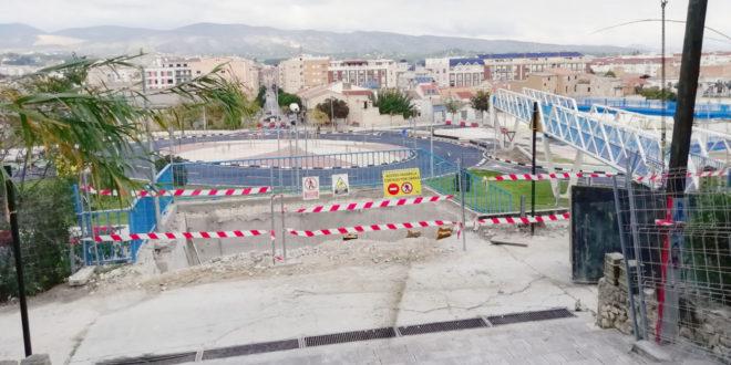 Compromís pregunta quan s'acaben les obres de la passarel·la d'accés a l'IES l'Estació