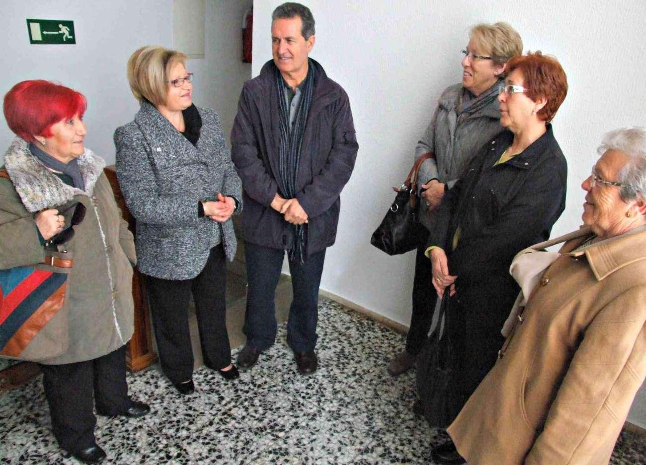 Preparació col·lecta associació Espanyola contra el Càncer