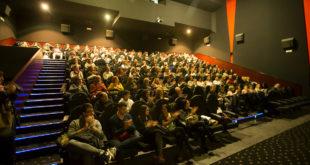 "El documental ""La otra educación"" ompli dues sessions de cine a Ontinyent"