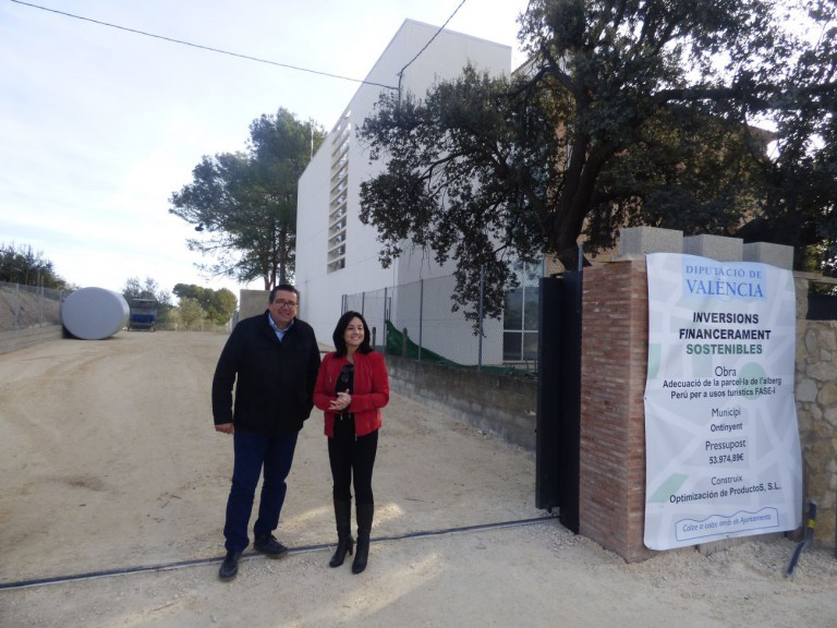 Ontinyent dota a l'Alberg Perú d'un pàrquing de 1.500m2 amb ajuda de la Diputació