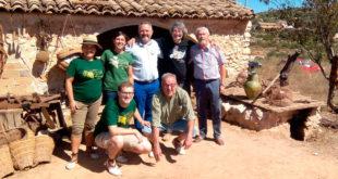 El diputat de Compromís Enric Bataller participa a la Festa de l'Escaldà del raïm a Benicolet