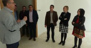 L'acord entre Ajuntament i Conselleria evita que tallen la llum a 83 famílies d'Ontinyent
