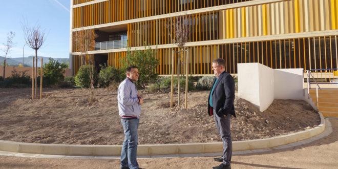 Finalitzada l'adequació de la nova zona verda del Campus