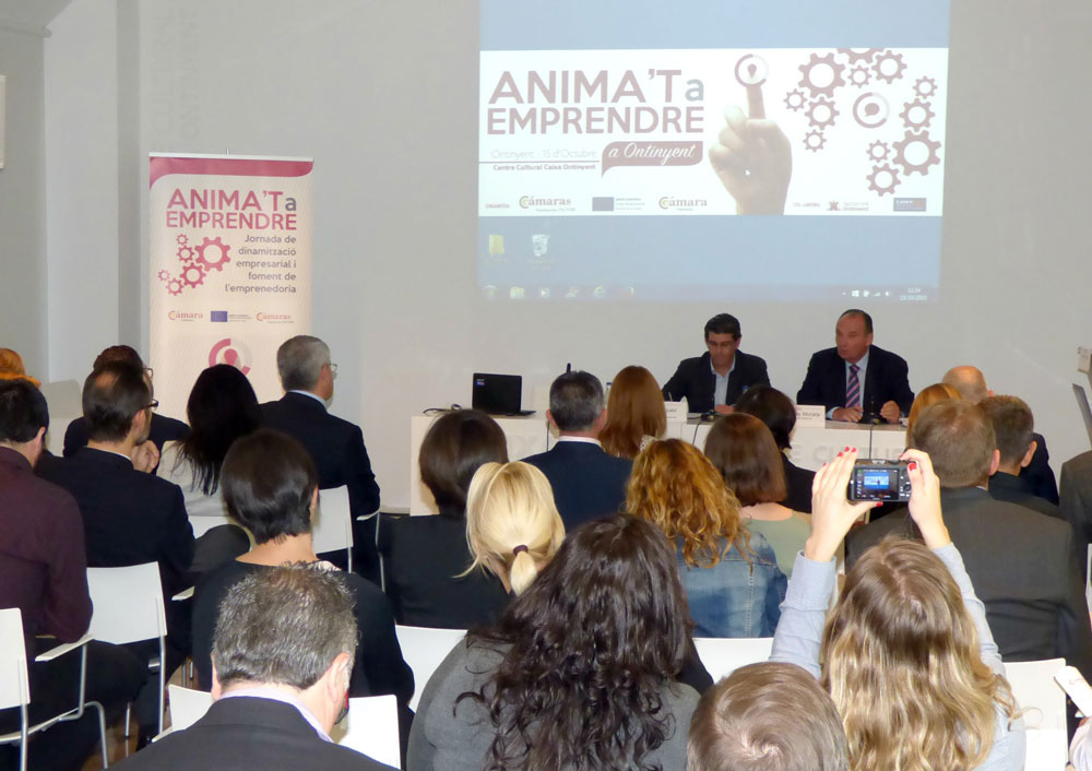 L'alcalde d'Ontinyent i el President de la Cambra de Comerç destaquen el potencial del turisme per diversificar l'economia de La Vall