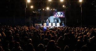 El mag Yunke congrega 3.000 espectadors en l'inici del Festival de Circ i Teatre d'Ontinyent