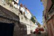 Enderroquen dues cases a la Vila per motius de seguretat