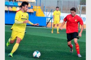 """Iván Orts """"Cassano"""" amb la samarreta del Villarreal CF"""