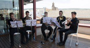 """200 persones gaudeixen de la música en directe del """"Dia dels Museus"""""""