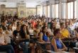 Educació proposa ajornar a juny de 2021 les oposicions docents de Secundària