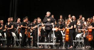 La Simfònica Caixa Ontinyent demostra el seu alt nivell sota la batuta de Miguel Romea