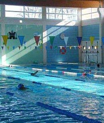Esquerra unida per ontinyent reclama que la gesti de la piscina coberta siga del ajuntament - Piscina coberta ontinyent ...