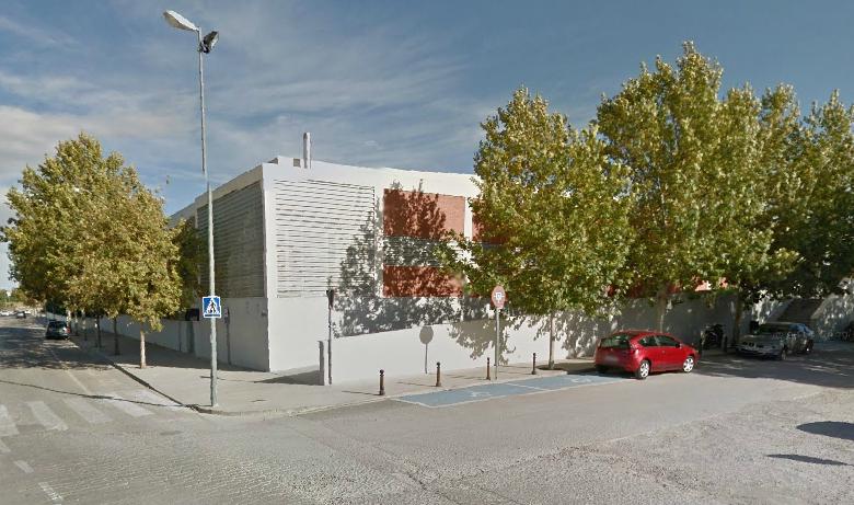 Ontinyent ofereix als centres educatius formaci acad mica a la piscina coberta tv digital - Piscina coberta ontinyent ...