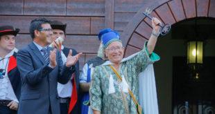 Una multitudinària Publicació inicia les Festes de Moros i Cristians d'Ontinyent del 2017