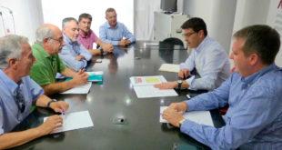 Ajuntament i empresaris d'Ontinyent se sumen a la reclamació del desdoblament de la CV-60