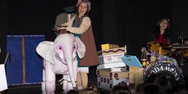 "L'espectacle infantil musical ""La Queboqueseria"" tanca el ""Maig Musical"" d'Agullent"