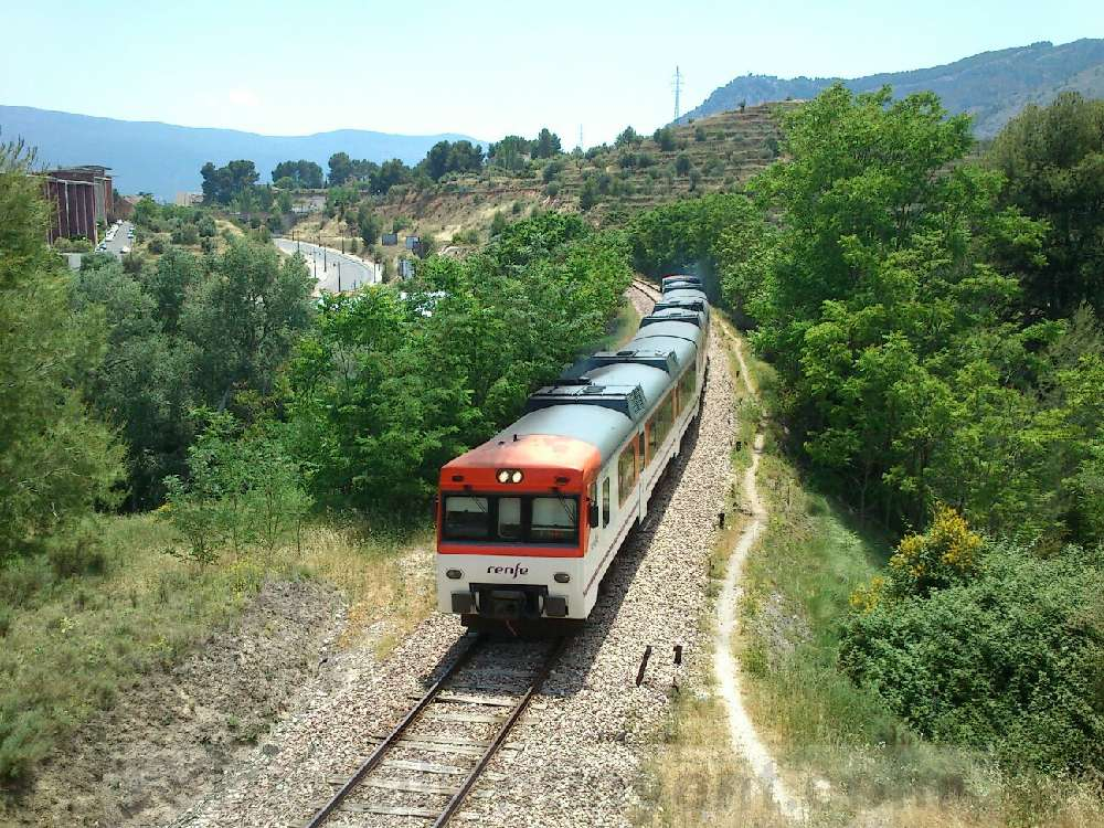 """Torró qualifica de """"burla"""" que el PP reclame millores en el tren Xàtiva-Alcoi"""